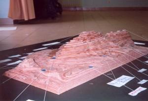136 - Maquette realisee par l'ecole de Viry - CT